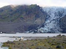 Διαγώνιος ποταμός στην Ισλανδία Στοκ φωτογραφία με δικαίωμα ελεύθερης χρήσης
