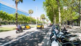 Διαγώνιος Avinguda στην πόλη της Βαρκελώνης την άνοιξη Στοκ εικόνες με δικαίωμα ελεύθερης χρήσης
