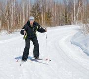 διαγώνιο να κάνει σκι ατόμων χωρών Στοκ Εικόνες