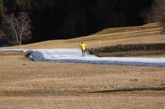 διαγώνιο να κάνει σκι χωρώ&nu στοκ εικόνα με δικαίωμα ελεύθερης χρήσης
