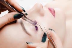 Διαδικασία επέκτασης Eyelash στοκ φωτογραφίες