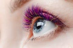 Διαδικασία επέκτασης Eyelash στοκ φωτογραφία