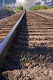διαδρομές σιδηροδρόμου οριζόντων σύννεφων Στοκ φωτογραφίες με δικαίωμα ελεύθερης χρήσης