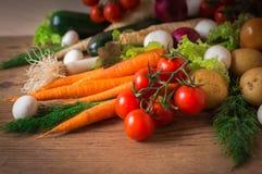Διαιτητικά και υγιή τρόφιμα για ολόκληρη την οικογένεια Στοκ εικόνες με δικαίωμα ελεύθερης χρήσης