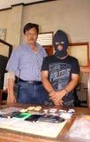 Διακινητής ναρκωτικών σύλληψης αστυνομίας Στοκ φωτογραφία με δικαίωμα ελεύθερης χρήσης