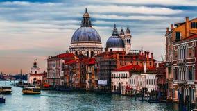 Διακινούμενη έννοια της Βενετίας εκκλησιών εικονικής παράστασης πόλης Στοκ Εικόνες