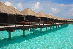 Διακοπές νησιών φυγής στο μπανγκαλόου Overwater Στοκ Φωτογραφίες