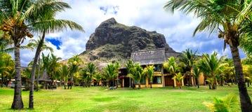 Διακοπές πολυτέλειας στον τροπικό παράδεισο, νησί του Μαυρίκιου, LE Morn στοκ εικόνα με δικαίωμα ελεύθερης χρήσης