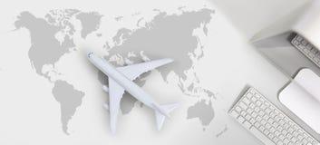Διακοπές ταξιδιού αεροπορικού ταξιδιού εισιτηρίων πτήσης κράτησης και αναζήτησης concep Στοκ εικόνα με δικαίωμα ελεύθερης χρήσης