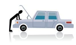 Διακοπή αυτοκινήτων, άτομο που εξετάζει το σπασμένο αυτοκίνητο Στοκ εικόνες με δικαίωμα ελεύθερης χρήσης