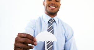 Διακοπή εγγράφου εκμετάλλευσης επιχειρηματιών της ομπρέλας απόθεμα βίντεο