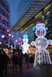 Διακοσμήσεις για τις γιορτές Χριστουγέννων στις οδούς του Βερολίνου στοκ εικόνα