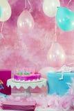 Διακοσμήσεις γιορτής γενεθλίων στοκ φωτογραφίες με δικαίωμα ελεύθερης χρήσης