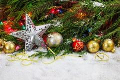 Διακοσμήσεις και διάστημα Χριστουγέννων για το κείμενο Στοκ Εικόνες