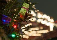 Διακοσμήσεις και φωτισμοί Χριστουγέννων στοκ εικόνα με δικαίωμα ελεύθερης χρήσης