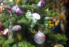 Διακοσμήσεις και φωτισμοί Χριστουγέννων στοκ εικόνα
