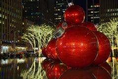 Διακοσμήσεις κεντρικών Χριστουγέννων Rockefeller στοκ φωτογραφία