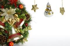 Διακοσμήσεις στεφανιών και χριστουγεννιάτικων δέντρων Στοκ Εικόνα