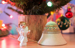Διακοσμήσεις στο χριστουγεννιάτικο δέντρο Στοκ Εικόνες