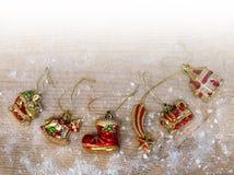 Διακοσμήσεις Χριστουγέννων - αναδρομικά παιχνίδια γυαλιού Στοκ Φωτογραφία