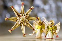 Διακοσμήσεις Χριστουγέννων για τα Χριστούγεννα Διακοσμήσεις Χριστουγέννων φιαγμένες από Στοκ Εικόνες