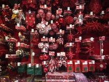 Διακοσμήσεις Χριστουγέννων για την πώληση Στοκ Εικόνα