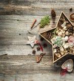 Διακοσμήσεις Χριστουγέννων διαμορφωμένο στο αστέρι κιβώτιο Στοκ φωτογραφίες με δικαίωμα ελεύθερης χρήσης