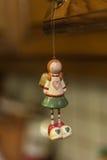 Διακοσμήσεις Χριστουγέννων - κορίτσι παιχνιδιών Στοκ Φωτογραφία