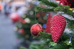Διακοσμήσεις Χριστουγέννων στη Μόσχα το Δεκέμβριο στοκ εικόνες