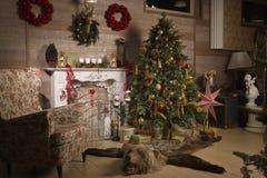 Διακοσμήσεις Χριστουγέννων στο δωμάτιο Στοκ εικόνες με δικαίωμα ελεύθερης χρήσης