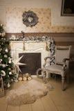 Διακοσμήσεις Χριστουγέννων στο δωμάτιο Στοκ Εικόνα