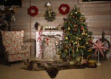 Διακοσμήσεις Χριστουγέννων στο δωμάτιο Στοκ φωτογραφία με δικαίωμα ελεύθερης χρήσης