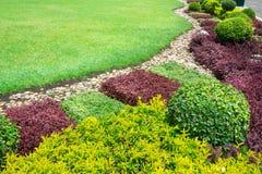 Διακοσμήστε στον κήπο στοκ εικόνα με δικαίωμα ελεύθερης χρήσης