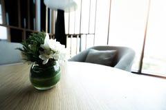 Εσωτερική έννοια καθιστικών Διακοσμήστε σύγχρονο στο σπίτι στοκ εικόνες