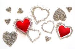 Διακοσμημένες με χάντρες καρδιές, αγάπη Στοκ Εικόνες