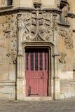 Διακοσμημένες πόρτα και πόρτα στο Παρίσι Στοκ εικόνα με δικαίωμα ελεύθερης χρήσης