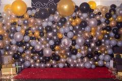 Διακοσμημένος με τη ζωηρόχρωμη διακόσμηση μπαλονιών για τη φωτογραφία Photozone στοκ φωτογραφίες με δικαίωμα ελεύθερης χρήσης