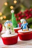 Διακοσμημένος cupcakes για τις διακοπές Χριστουγέννων Στοκ Φωτογραφίες