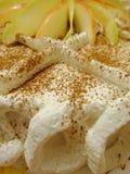 Διακοσμημένο κέικ μήλων Στοκ εικόνες με δικαίωμα ελεύθερης χρήσης
