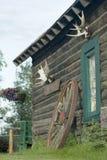 διακοσμημένο καμπίνα κούτσουρο Στοκ Εικόνες