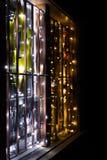 Διακοσμημένο παράθυρο Χριστουγέννων εμφάνισης στοκ εικόνες