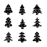 Διακοσμημένο χριστουγεννιάτικο δέντρο, μαύρη απεικόνιση σκιαγραφιών Στοκ φωτογραφία με δικαίωμα ελεύθερης χρήσης