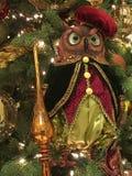 Διακοσμημένο χριστουγεννιάτικο δέντρο με την κόκκινη κουκουβάγια στοκ φωτογραφία με δικαίωμα ελεύθερης χρήσης