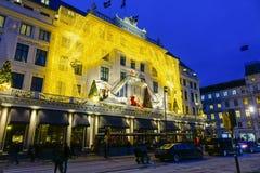 Διακοσμημένο Χριστούγεννα ξενοδοχείο D'Angleterre Στοκ Εικόνα