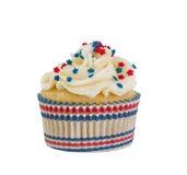 Διακοσμητικά cupcake και περιτύλιγμα για το τέταρτο του Ιουλίου στο άσπρο β Στοκ Εικόνες