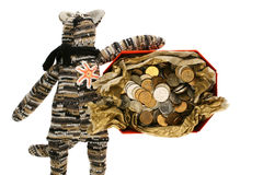 Διακοσμητική γάτα με το κιβώτιο χρημάτων Στοκ Εικόνες