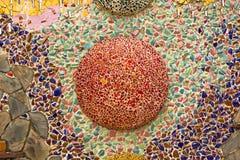 Διακοσμητική διακόσμηση τοίχων μωσαϊκών από το κεραμικό σπασμένο κεραμίδι Στοκ Εικόνες