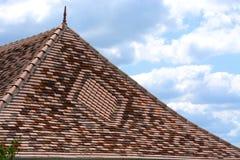 Διακοσμητική κεραμωμένη στέγη με finial Στοκ Εικόνες
