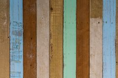 Διακοσμητική ξύλινη κεραμωμένη μωσαϊκό ζωηρόχρωμη σύσταση επιτροπής Ξύλινο Inte Στοκ Φωτογραφία