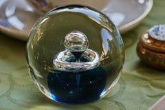 Διακοσμητική σφαίρα γυαλιού Στοκ φωτογραφίες με δικαίωμα ελεύθερης χρήσης